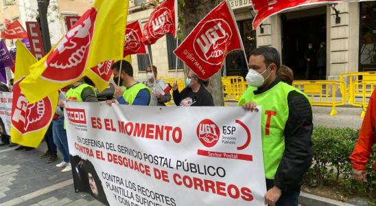 Concentración de delegados de Correos en Guadalajara.
