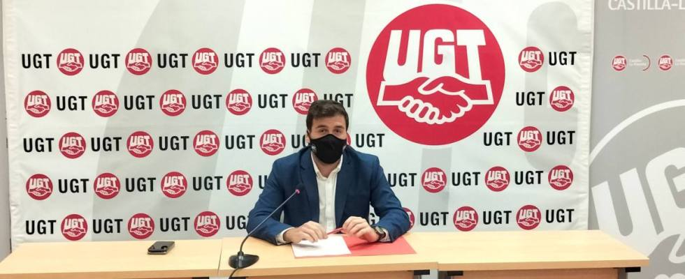 Rueda de prensa ofrecida por Javier Flores, secretario de Salud Laboral de UGT CLM.