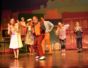 cast-and-crew-of-hairspray