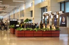 Suasana di dalam bandara
