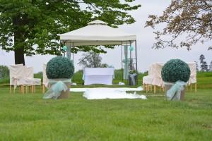 Svatební obřad-zahrada