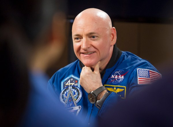 Astronaut Scott Kelly back on Earth after 'year' in space ...
