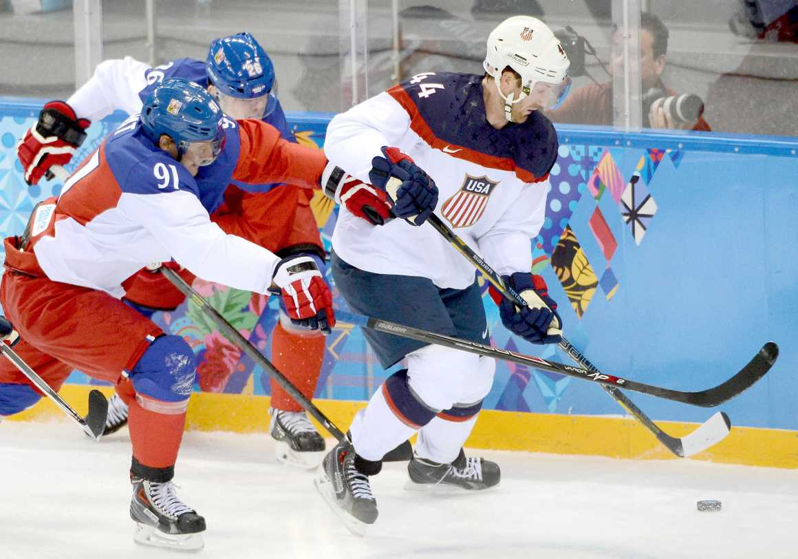 USA Men's Olympic Hockey Leaves Sochi Disappointed