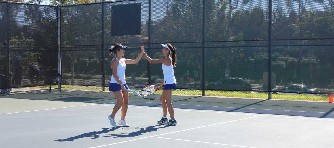 Girls Tennis defeats Corona del Mar 13-5 and Beckman 17-1