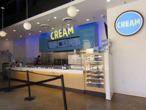 Customers can line up to order respective cookie and ice cream selections. (Aneesah Akbar)