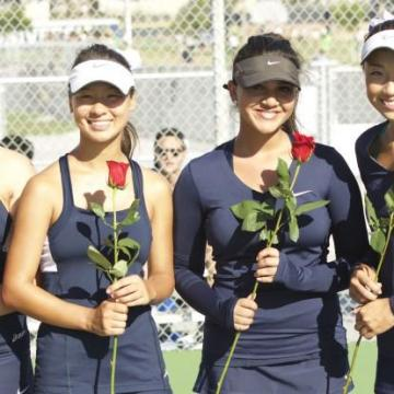 After string of tough matches, Girls Tennis bounces back on Senior Day