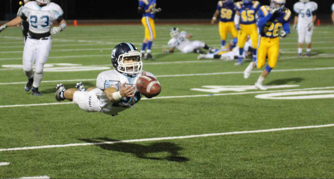 UHS Football eliminated by Valencia 14-37 in first round of CIF playoffs