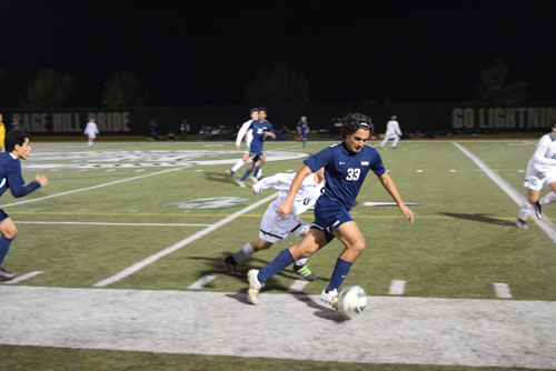 Shadman Shaker (Jr.) pushes past Sage Hill defender en route to the penalty area. (C.Chen)