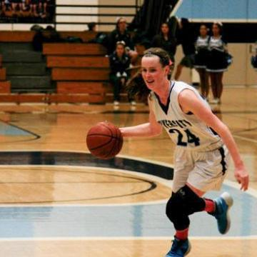 Girls Basketball improves to 4-1 in league after win against Irvine