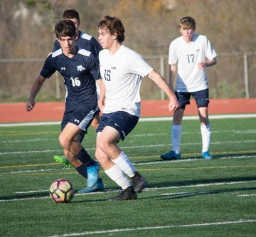 Boys Soccer wins against Northwood to ignite title race