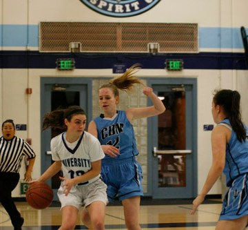 Girls Basketball cruises past CdM