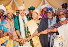 The celebrant, Olugbo of Ugbo, Oba Frederick Akinruntan cutting the anniversary cake, flanked by the Oluwo of Iwo, Oba Abdulrasheed Akanbi (left), Olugbo's Queen Stella Iyabode Akinruntan (right), Ondo State Deputy Governor - elect, Hon Lucky Aiyedatiwa and Ondo State Commissioner for Local Government and Chieftaincy Affairs, Mrs Lola Fagbemi, during the 11th Coronation Anniversary of Olugbo of Ugbo Kingdom, His Imperial Majesty Oba (Dr) Frederick Enitiolorunda Obaterun Akinruntan, the Okoro Ajiga 1, in Ode - Ugbo, Ilaje Local Government, Ondo State on Saturday, November 28, 2020.