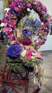 een fiets met bloemen -3 (c)uilentaal