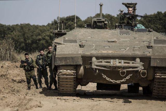 Palesztinok bombát robbantottak egy izraeli buldózer mellett Gázában, a hadsereg tank tűzzel válaszolt