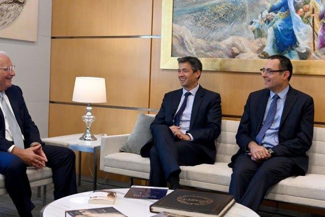 Amerikai lobbi a kínai beruházások korlátozásáért : David Friedman fogadta Joáz Hendel kommunikációs minisztert