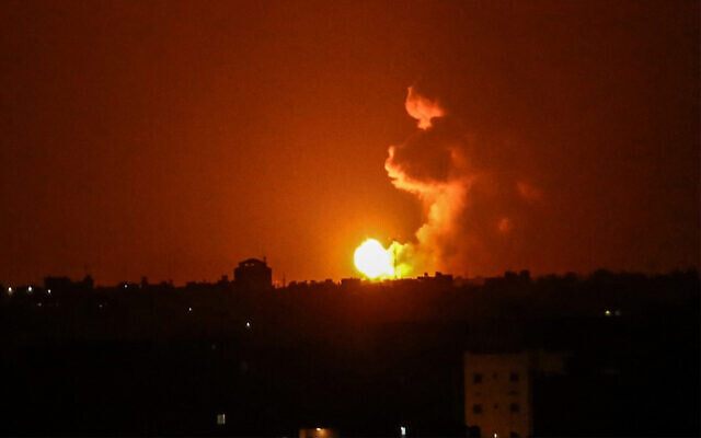 A rakétatámadást követően, az izraeli hadsereg légicsapásokat hajtott végre a Gázai övezetben | Új Kelet online