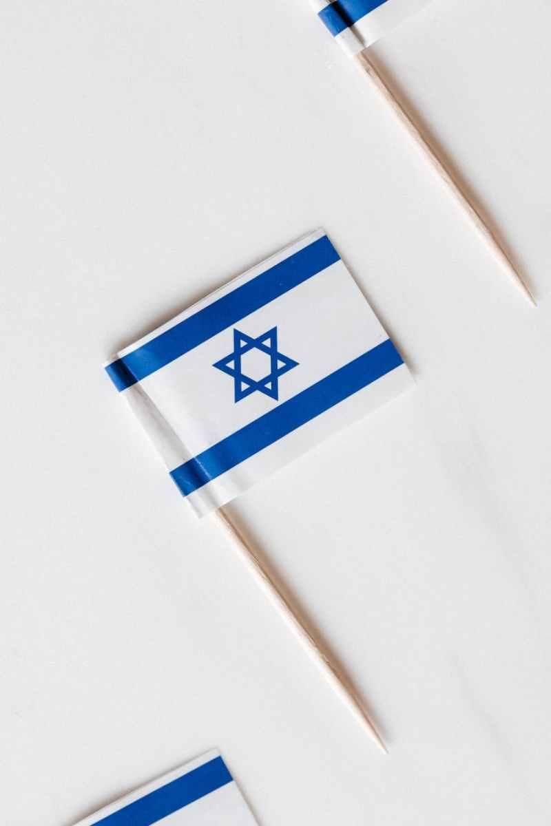 A tálibok mindenkivel hajlandók kapcsolatot létesíteni, kivéve Izraelt   Új Kelet online