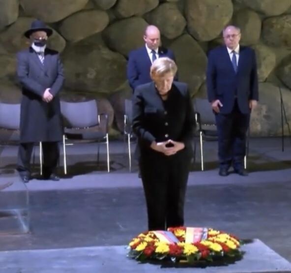Merkel a Jad Vasemben: a múzeumban tett minden látogatás megérinti lelkemet | Új Kelet online