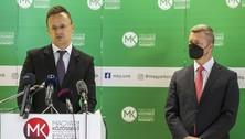 Szijjártó Péter (Fidesz) magyar külügyminiszter és Forró Krisztián, az MKP elnöke (Fotó: Somogyi Tibor)