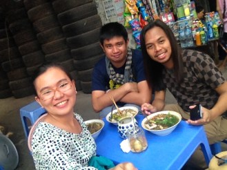 """Trying the Vietnamese famous noodle """"Pho"""" outside"""