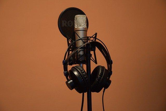 Music Microphone Headphones Rode  - AndNowProjekt / Pixabay
