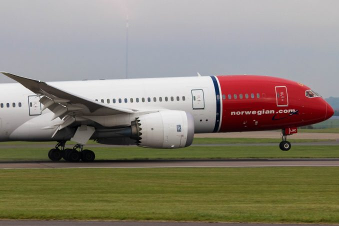 Norwegian 787 landing at Cardiff Airport (Image: Nick Harding/TransportMedia UK)