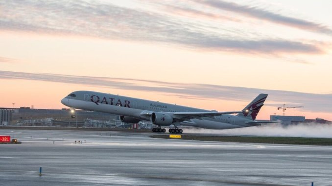 A7-ANA lifts off from Toulouse for Doha