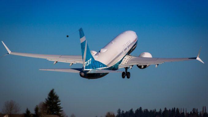 737 Max 7 Take off