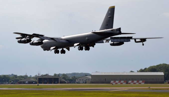 B52's may join the B1 deployment (Aviation Media Agency)