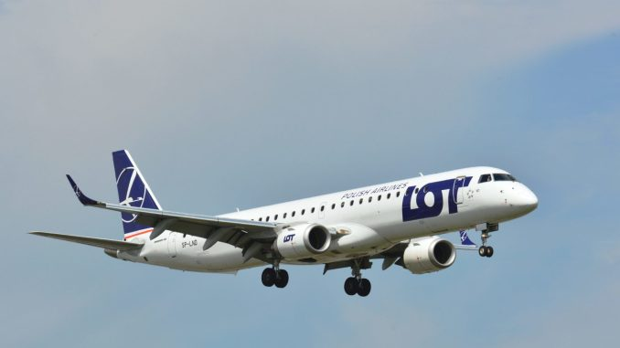 LOT Embraer (Image: LOT)