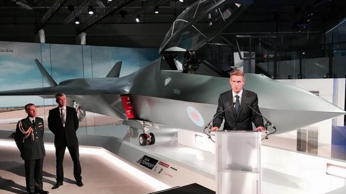 Gavin Williamson unveils a model of the 6th Generation fighter, The Tempest