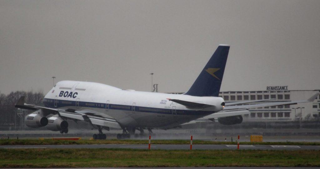 BA100 lands at Heathrow Airport (Image: Aviation Media Co.)