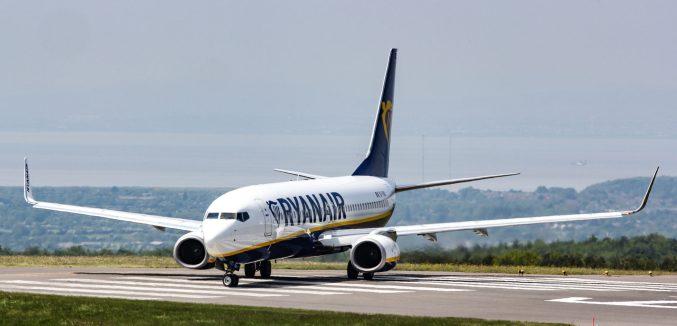 Ryanair Boeing 737-800 at Bristol Airport (Image: TransportMedia UK)