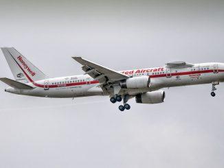 Honeywell Flying Testbed Boeing 757-200 N757HW (Image: Phillip Dawson)