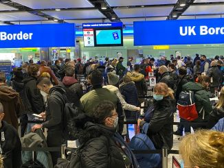 Heathrow Airport queues in Terminal 2 (Image Sir Peter Westmacott)