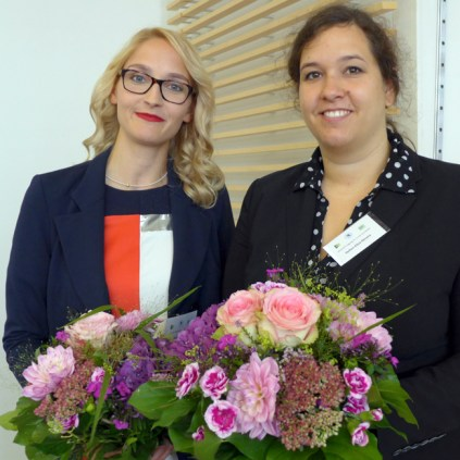 Freuten sich über ihren Preis: (v.l.n.r. Dr. med. Ricarda Maria Schmithausen, Hellen Elisa Ahrens, PhD)