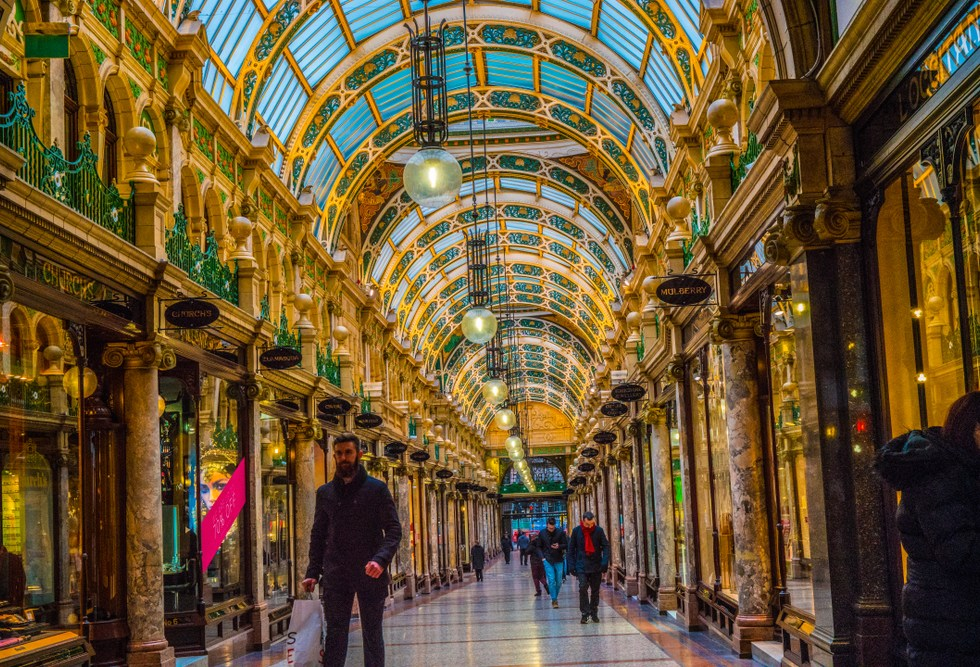 Imagine posing with your new husband down this iconic shopping arcade!
