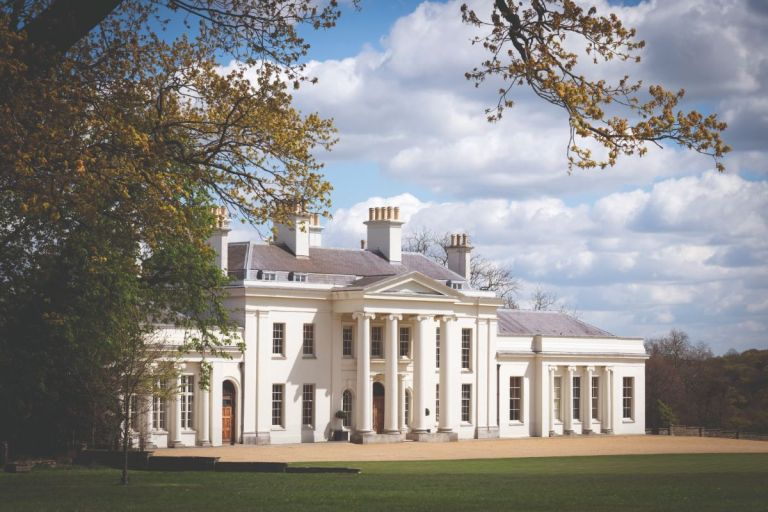 The beautiful manor house in the Hylands Estate!