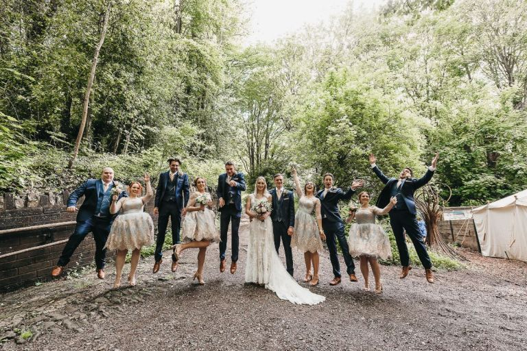 Get out in the fresh air on your wedding day for some beautiful woodland wedding photos!