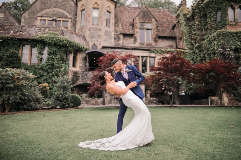 Have beautiful wedding photos in the grounds.