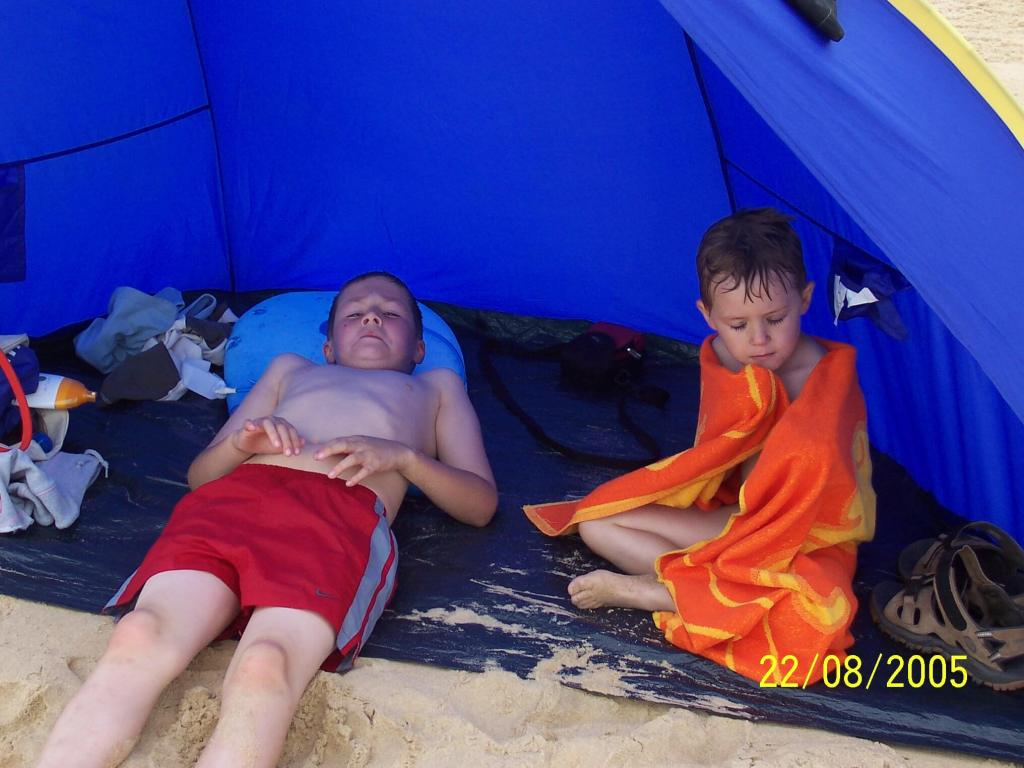 Bonne Anse Plage - chilling on the beach