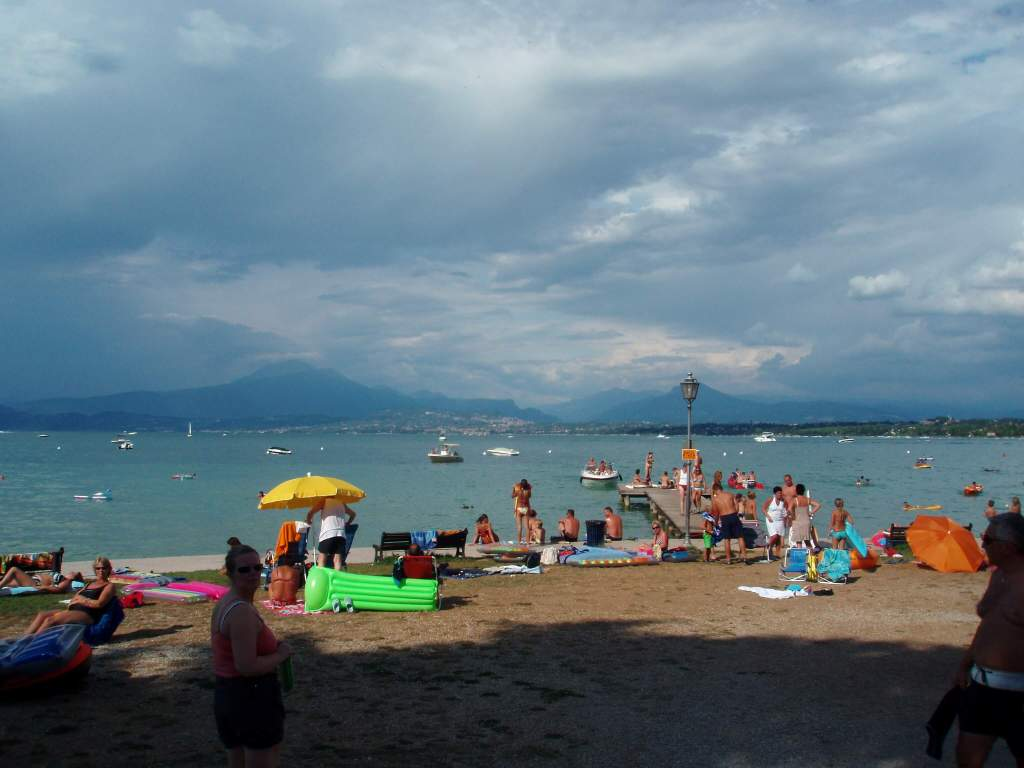 Bella Italia - the beach at Lake Garda