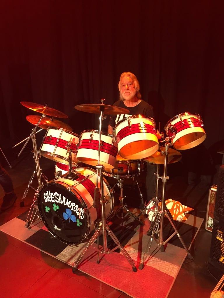 Geoff Schuh - drums