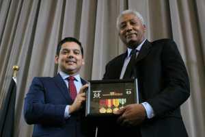 Ruiz Presents Overdue Medals to Area Veterans