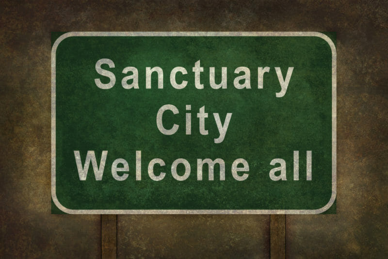 Palm Springs Poised to become Sanctuary City