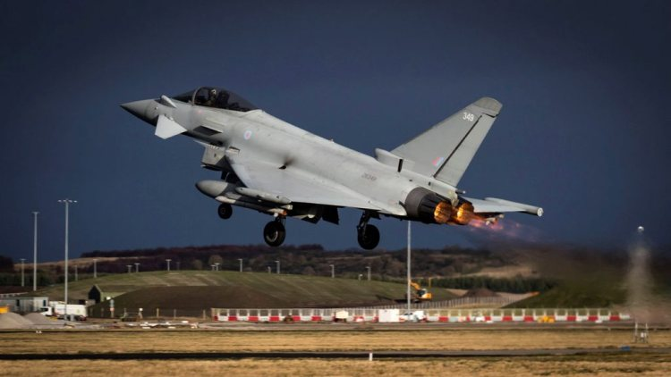 ROYAL AIR FORCE ACROSS THE GLOBE IN 7 DAYS