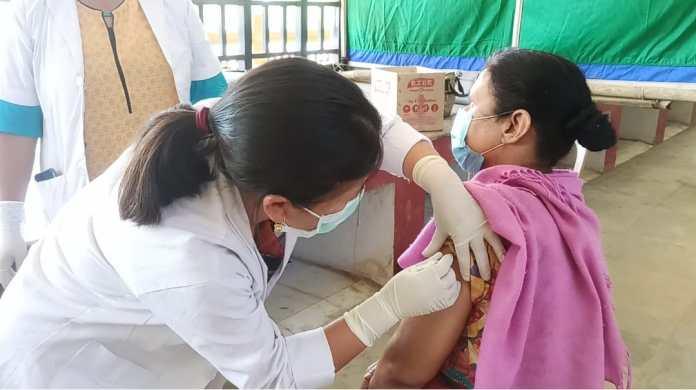 Vaccination Covid Senapati 1