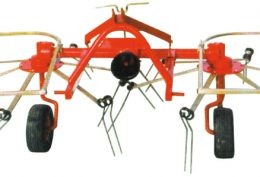 Mounted hay-turning spreader pulley