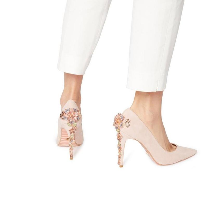 5701cfa8fa Our 10 Favourite Studded Stilettos That You Need To Have - Society19 UK