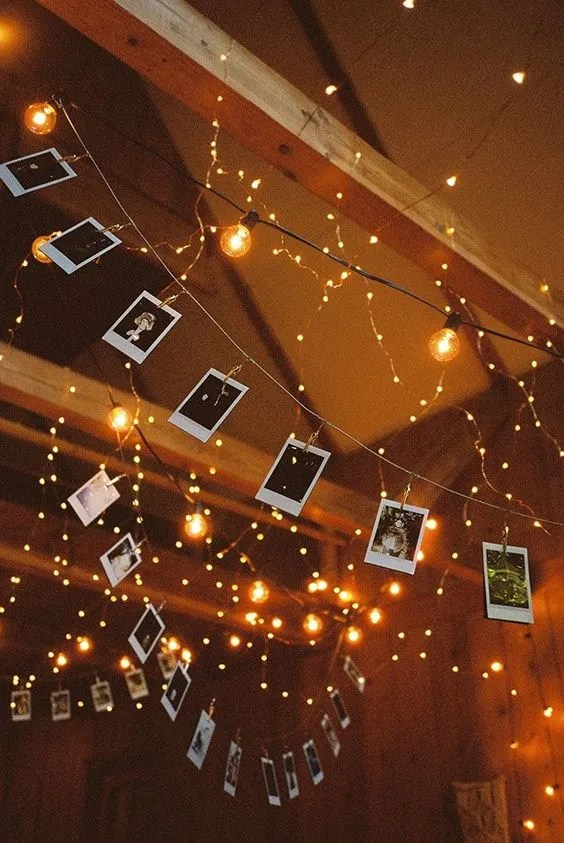 Check out these fairy lights bedroom ideas for your flat!
